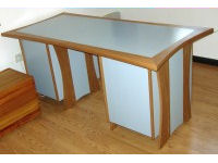 Desk in oak, painted pearl grey 1