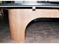 Dining island in oak and black granite