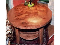 Table in burr elm